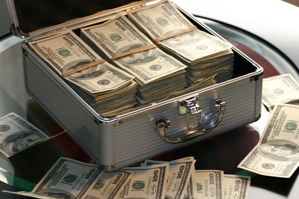 abundance-bank-banking-banknotes-259027